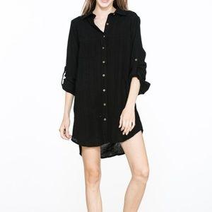 Crinkle fabric button down shirt dress.